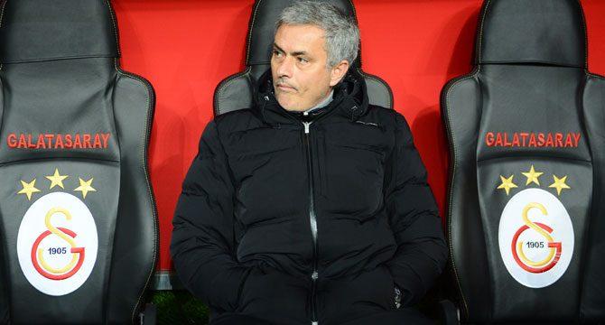 Photo of Jose Mourinho Flash Açıklamada Bulundu : Galatasaray